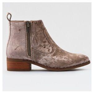 Brand New American Eagle Velvet Booties